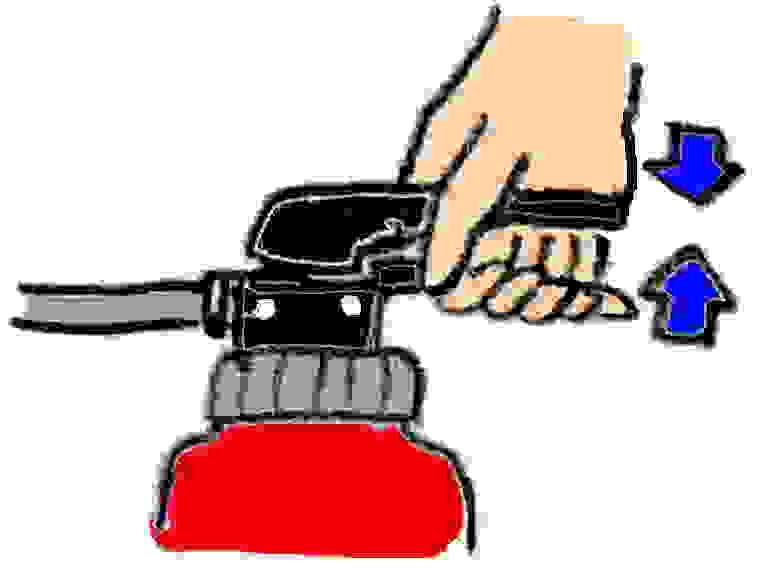 イラスト:消火器レバーを握る