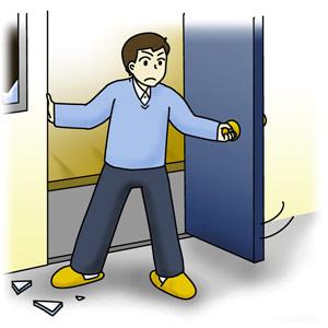 窓や戸を開け 出口を確保