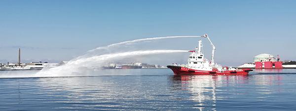 東京消防庁<組織・施設><消防装備><消防艇:大型消防救助艇「おお ...